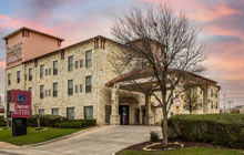 Comfort Suites - near Seaworld/Lackland -1 king bed or 2 queen beds with sofa sleeper - Free Breakfast