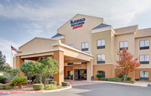 Fairfield Inn & Suites SeaWorld - 2 Queen Beds or 1 King Bed - Free Breakfast