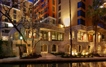 Home2 Suites  San Antonio Riverwalk -  1 King or 2 Queen Beds with Sofa Bed - Free Breakfast & Valet Parking - San Antonio River Walk Hotels
