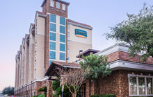 Staybridge Suites near the River Walk - 1 King Bed  with Sofa Bed - Free Breakfast and Parking