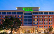 Wyndham Garden near Six Flags and La Cantera Shopping Center - 2 Queen Beds