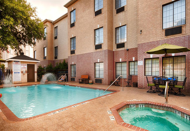 Best Western Plus Hill Country Suites San Antonio Pool