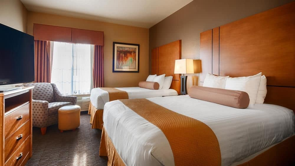 Best Western Plus Hill Country Suites Room