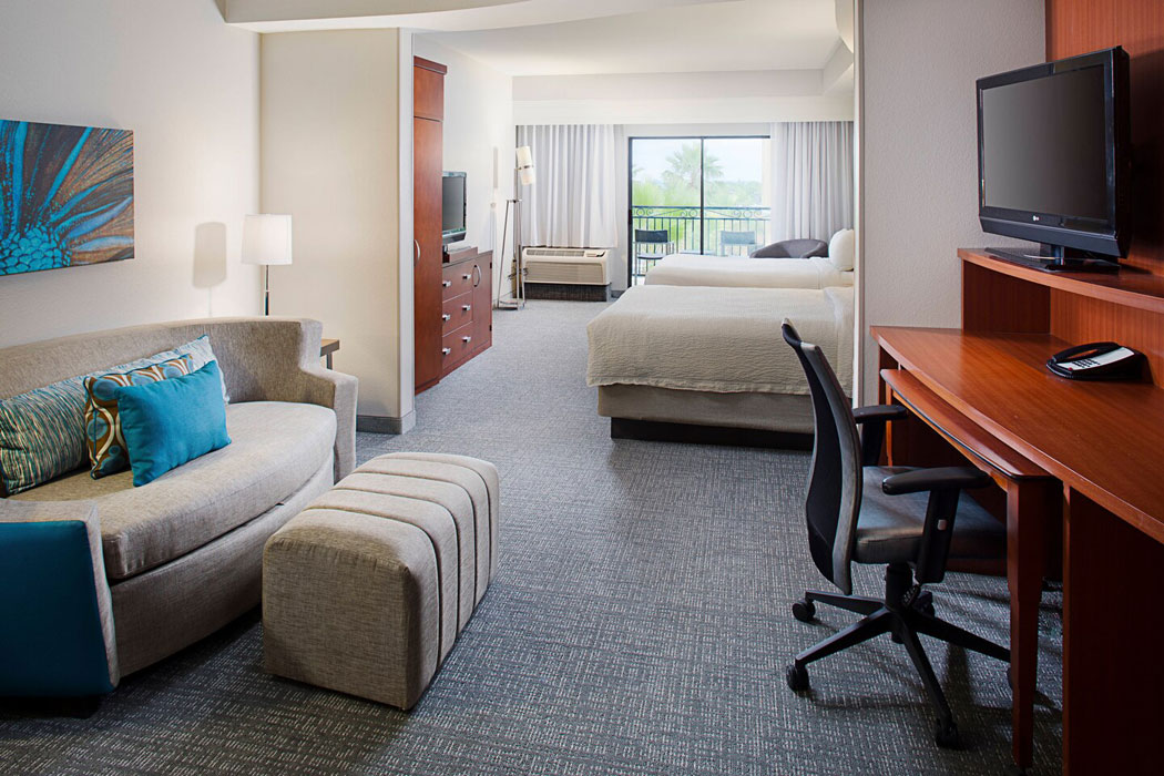 Courtyard Marriott Hotel near Seaworld San Antonio Room