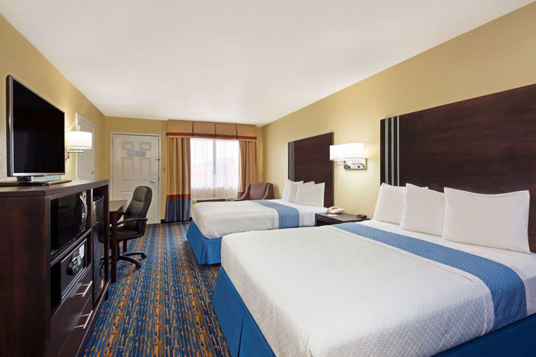 Days Inn San Antonio SeaWorld - double